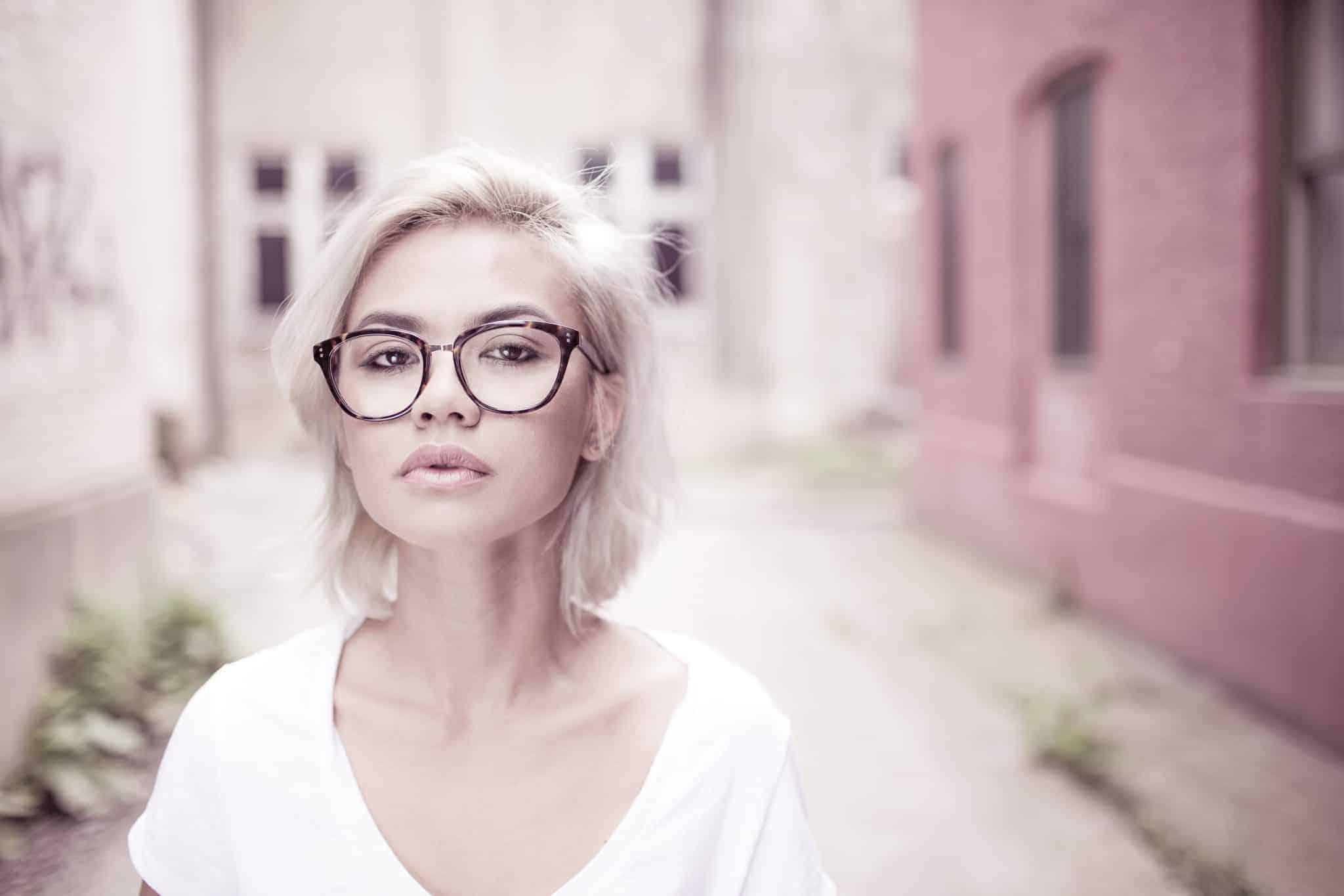איך לבחור משקפיים שיתאימו למבנה הפנים שלך?