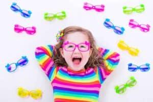 משקפיים לילדות