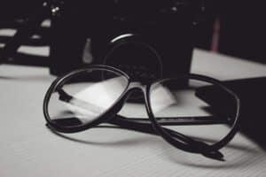 ציפוי נגד שריטות למשקפיים